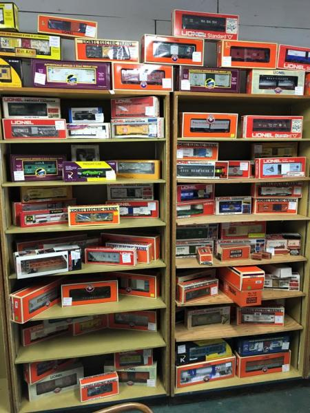 For much of the 20th century, Lionel trains were the kings of toys, the presents you couldn't wait unit Christmas morning to unwrap. Give these vintage trains another chance!