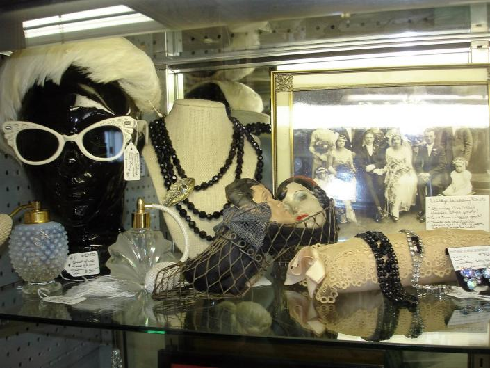 Trying to make a fashion statement? Look no further! We have a wide selection of costume jewelry and vintage accessories.